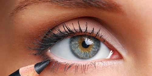 к чему снится красить глаза карандашом