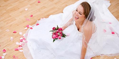 к чему снится сестра в свадебном платье