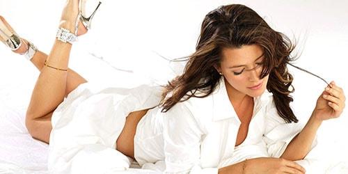 видеть во сне женщину в белом одеянии