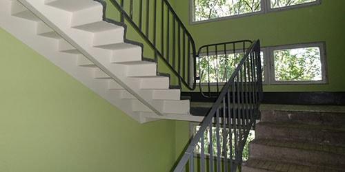 видеть во сне лестницу в подъезде