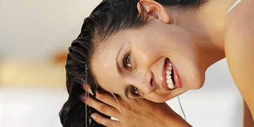 к чему снится мыть волосы