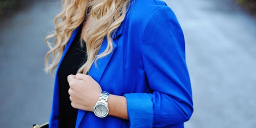 синий жакет