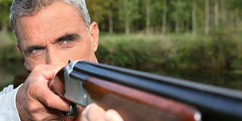 стрелять из ружья в человека во сне