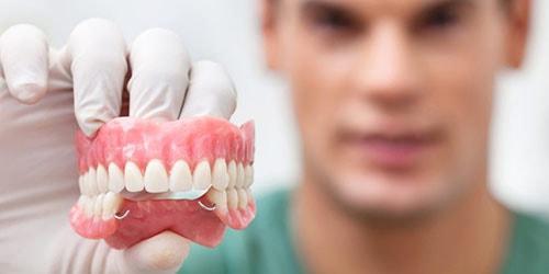 к чему снится вставлять зубы