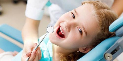лячыць зубы