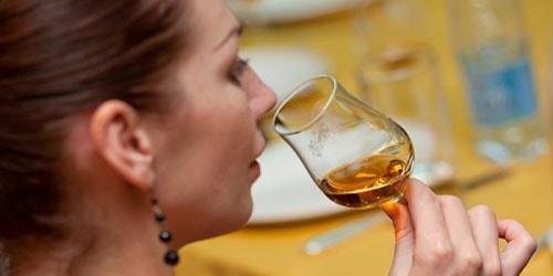 пить спиртное