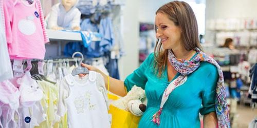 выбирать одежду для новорожденного