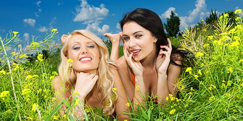 две девушки во сне