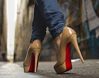 Ходить на каблуках