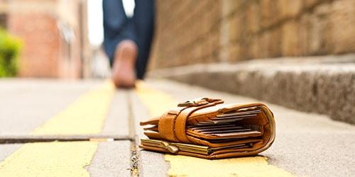 к чему снится потерять кошелек с деньгами