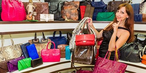 к чему снится выбирать сумку в магазине