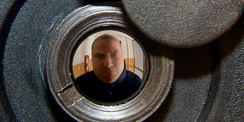дверной глазок