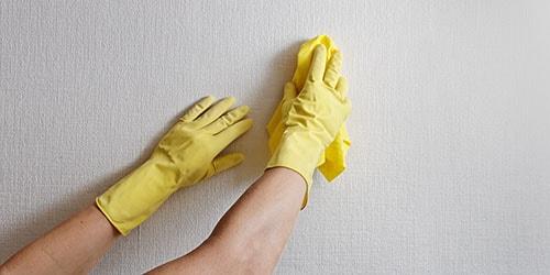 мыть стены