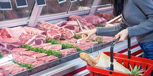 витрина с мясом