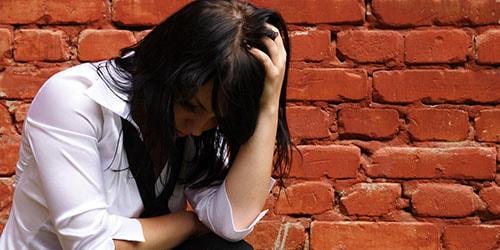 расстроенная девушка