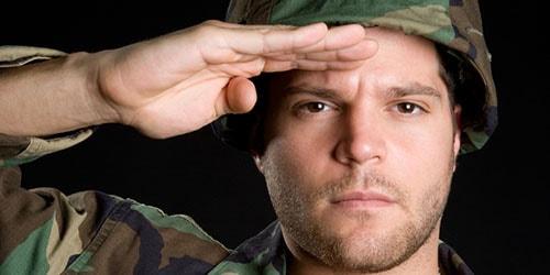 мужчина военный