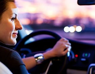 Ездить на машине