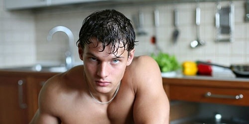 голый парень