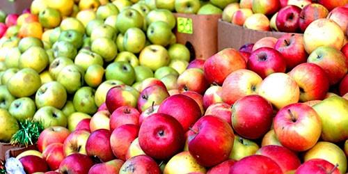 яблоки на рынке