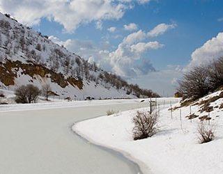Сонник замёрзшая река