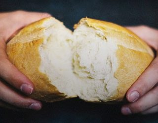 К чему снится украсть хлеб?