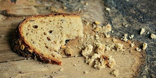 крошки хлеба