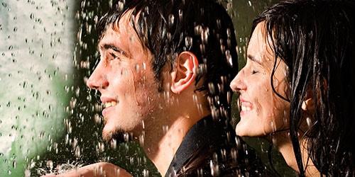 промокнуть под дождем