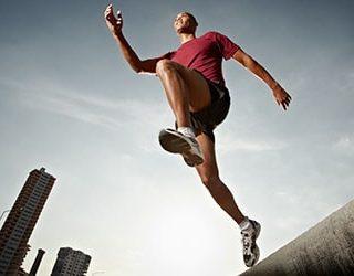 Прыгающий человек