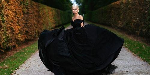 невеста в черном платье