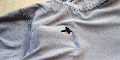 дырка на одежде