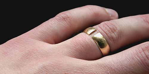 треснувшее кольцо