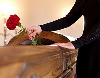 Муж в гробу