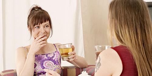 разговор двух девушек
