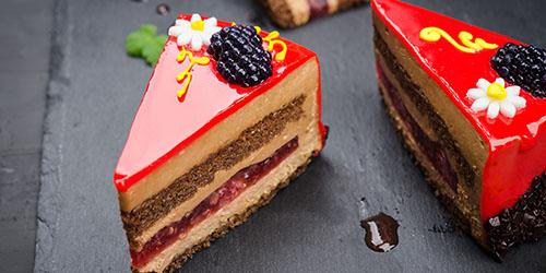 куски торта