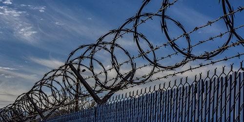 Видеть во сне тюрьму