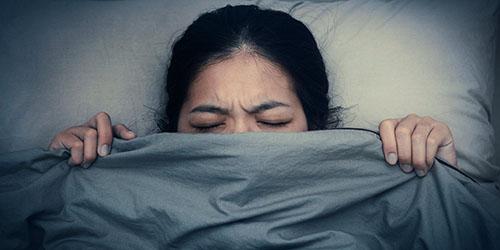 видеть кошмары во сне