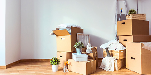 Собирать вещи для переезда во сне