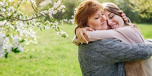 Приснилось обнимать умершую маму